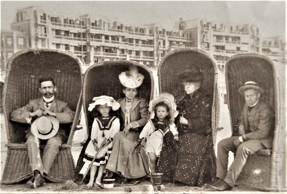 Family beach day, 1905
