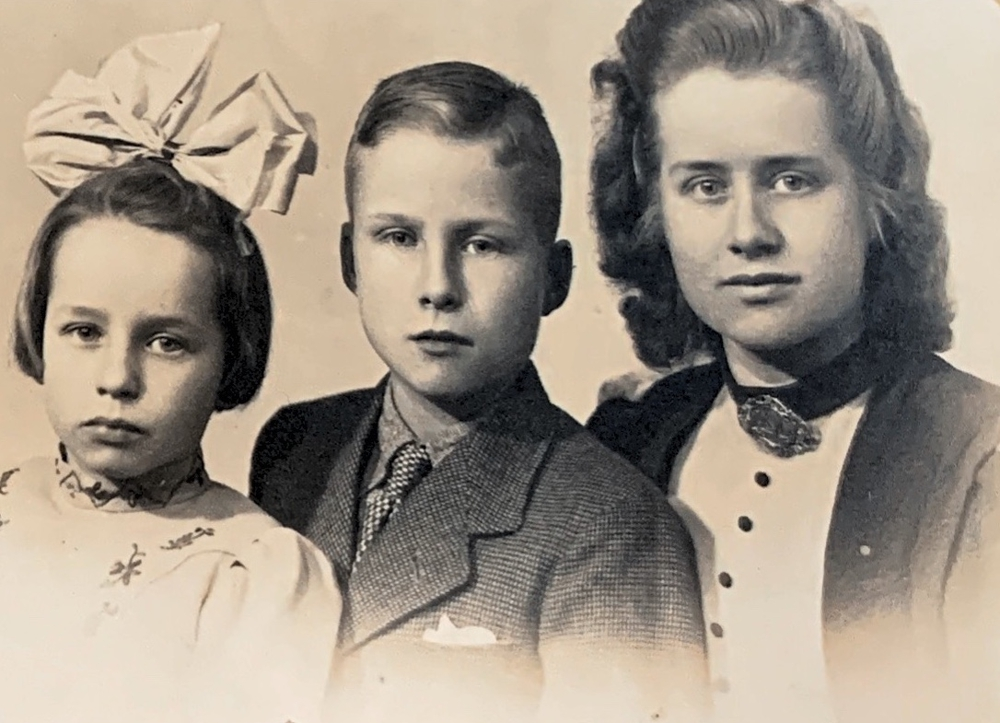 Her mother with her younger siblings