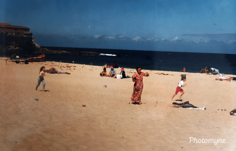 The joy of a first-ever Christmas at the beach. Coogee Beach, Australia - December 25, 1995. Shared by Andrew Little