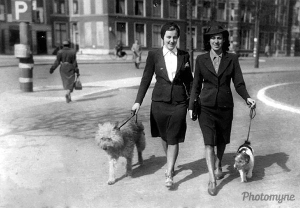 Lekker wandelen (Nice walk). Netherlands 1939