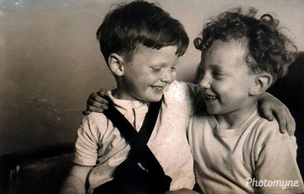 Best friends. GB (year unknown)