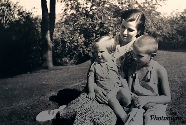 Aunt May Skidmore with Betty and Bob. USA 1939