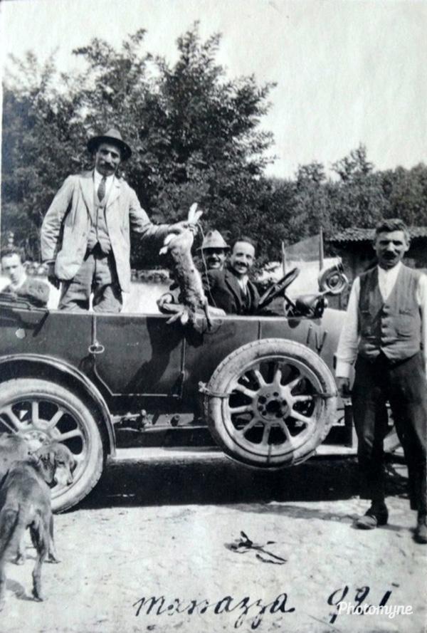 Dopo la caccia!!! 1921, Italy