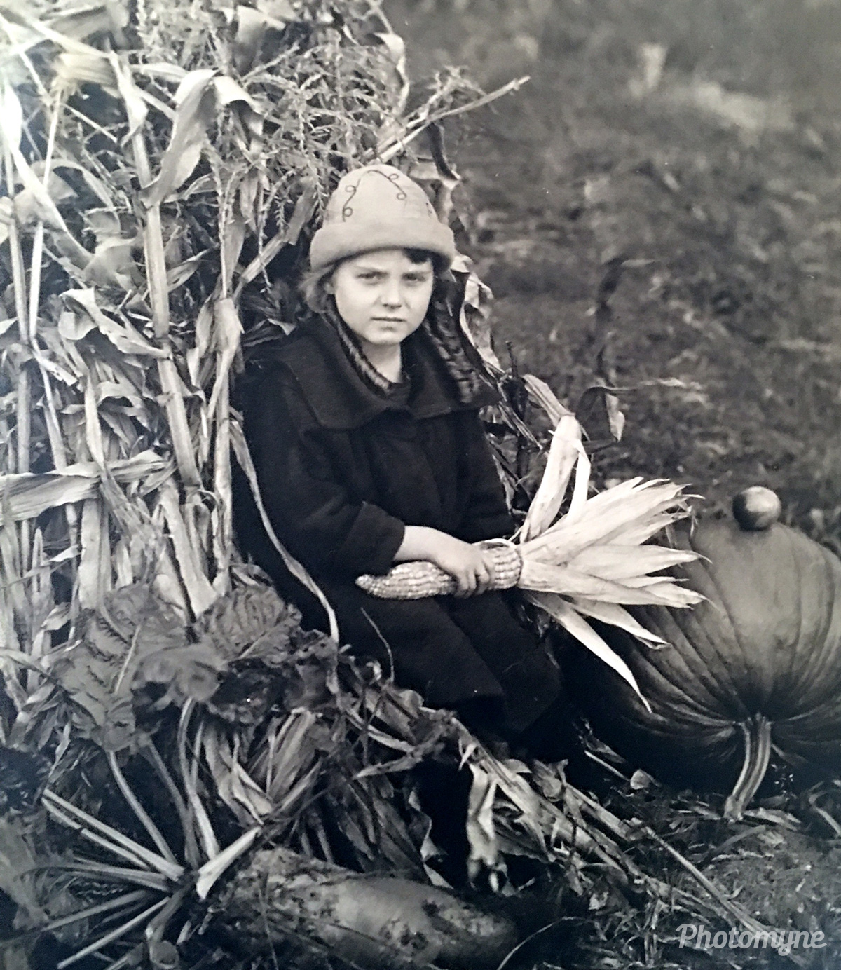 Laura May, my mother, Baudette, Lake Of The Woods; Minnesota, United States, 1924