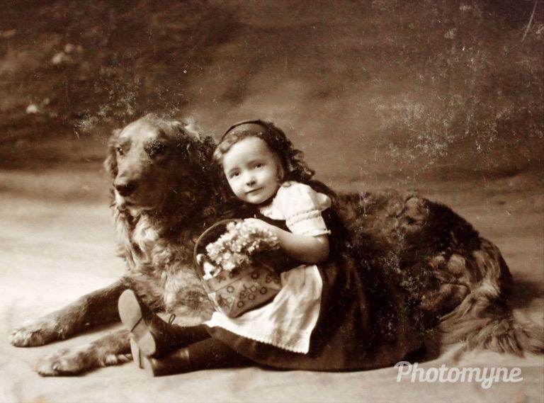 MY MOM - AGE 3 - 1914 - GERMANY !