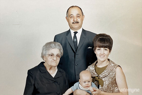 Four generations. USA (year unknown)