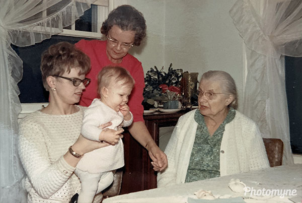 Four generations. USA 1969
