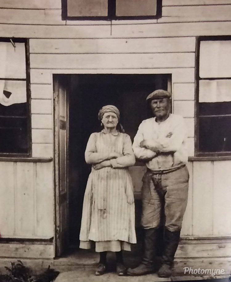 Mr Juho Tilus and his wife (name forgotten), Himanka, Finland, 1925