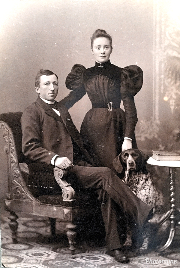 Anna Grethes morfar og mormor (The grandmother and grandfather of Anne Grete). Denmark (year unknown)