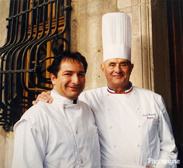Avec Paul Bocuse (with Paul Bocuse). France 1997