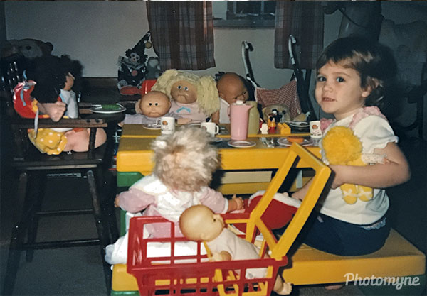 A 3-year old throws a tea party. USA 1989