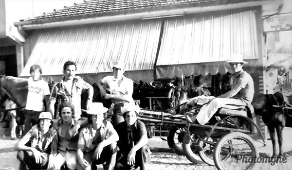 Passeio a Pirapora do Bom Jesus de charrete (Ride to Pirapora do Bom Jesus by chariot). Brazil 1977