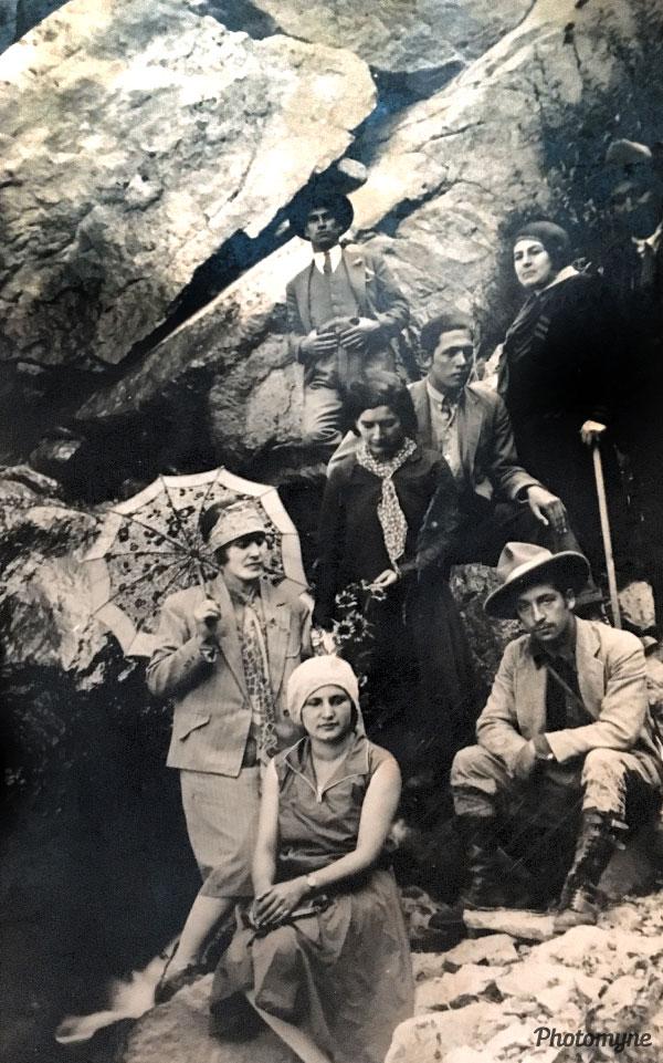 Gruta de la virgen (The Grotto-Virgen del Valle). Chile 1930