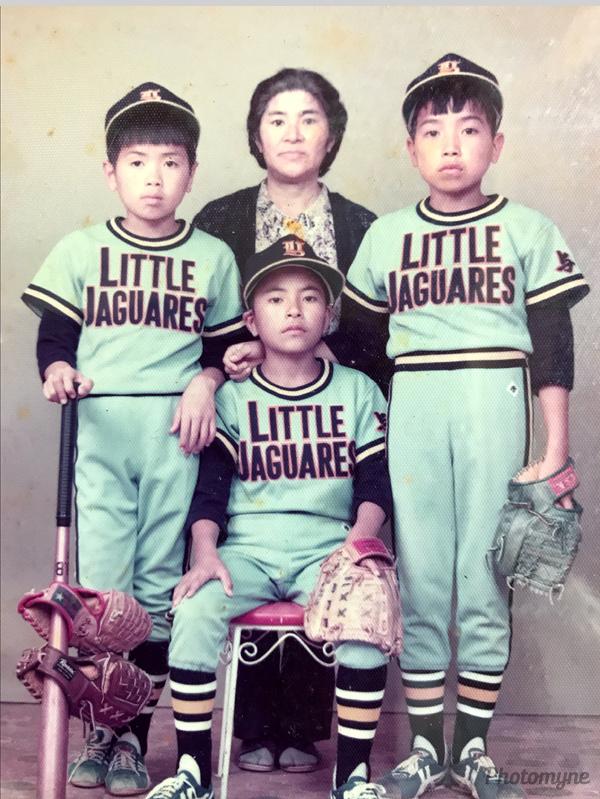 ヨロンリトルジャガーズ (Yoron Little Jaguars). Japan 1975