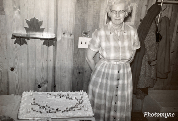 53rd birthday for Mary Cline at the home of Bud Gingrich. USA 1957