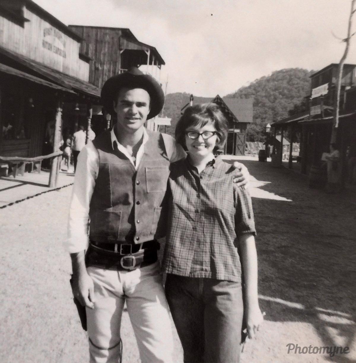 Sara & Burt Reynolds. North Carolina, USA 1965