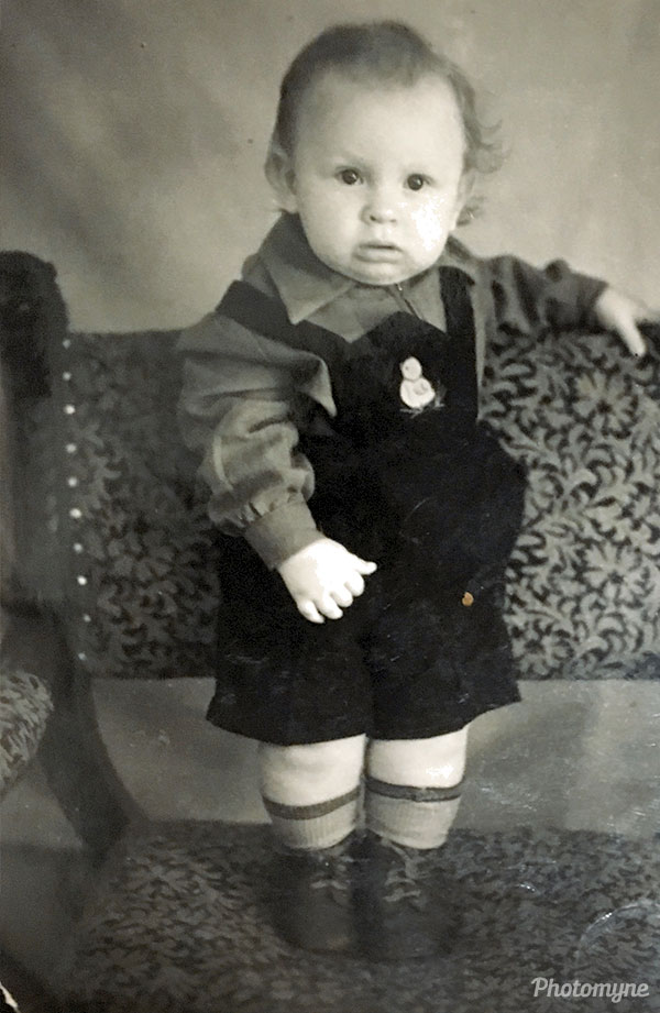 На фото ровно один год - Exactly one year old in this photo... Russia 1959