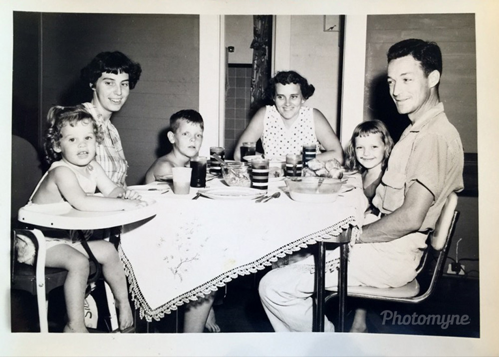 Faye and Toni Gail visiting Monroe, 1952, Jackson Street, Monroe, US