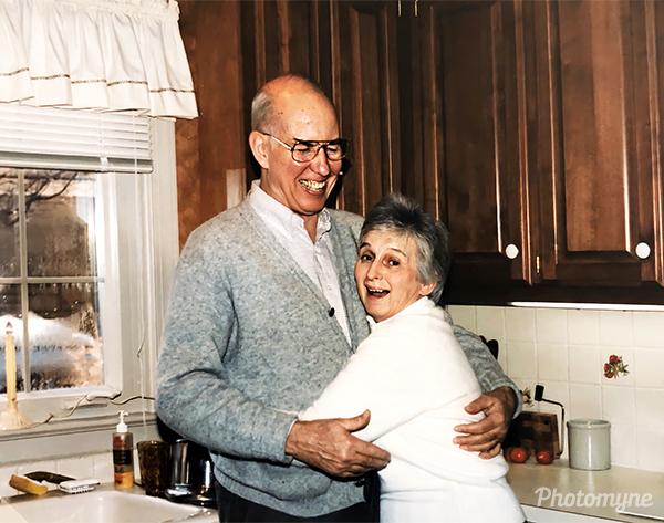 George and Jane Bacon on Christmas. USA 1990