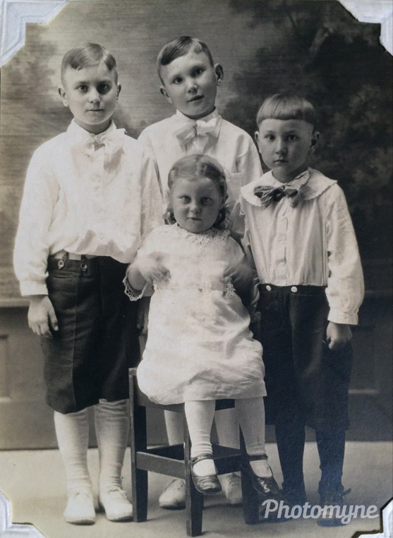 Grandma Marie and her brothers, 1920
