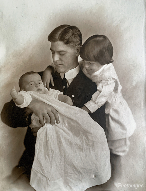 Oliver and sons. USA 1912