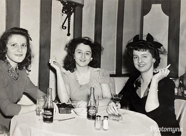 Bismark Hotel. USA 1945