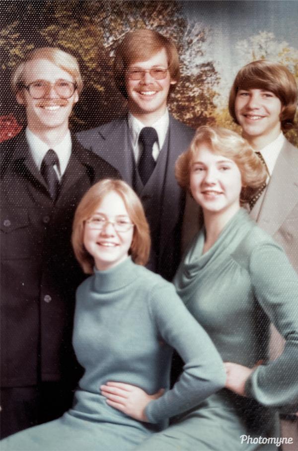 Christmas present for Mom and Dad. USA 1977