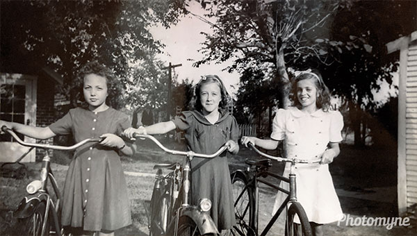 My grandmother, Sue (middle), with some neighborhood friends in Wichita. KS, USA 1946