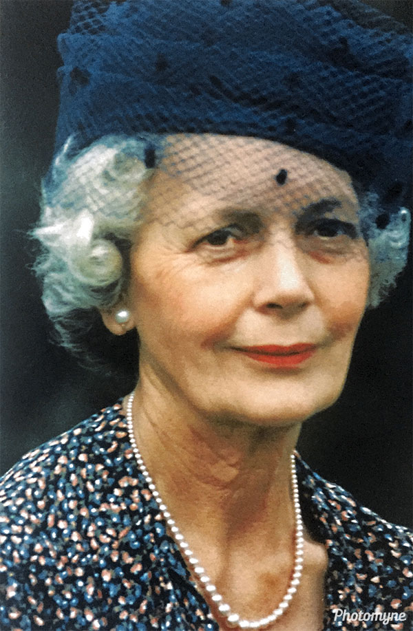 Mum. Ireland 1990