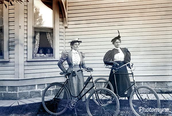 Hayes family photo glass negative. USA 1900