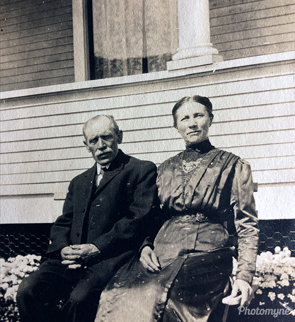 My great great grandparents outside the home of my great grandparents. Canada 1913