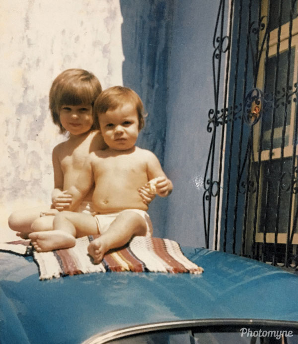 Amor de irmãos (brotherly love). Brazil 1974