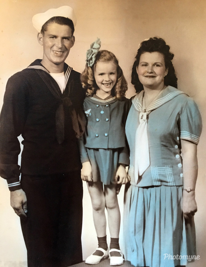 Mom, granny & gramps! United States, 1944