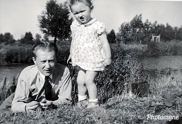 Daddy and me. Belgium 1949
