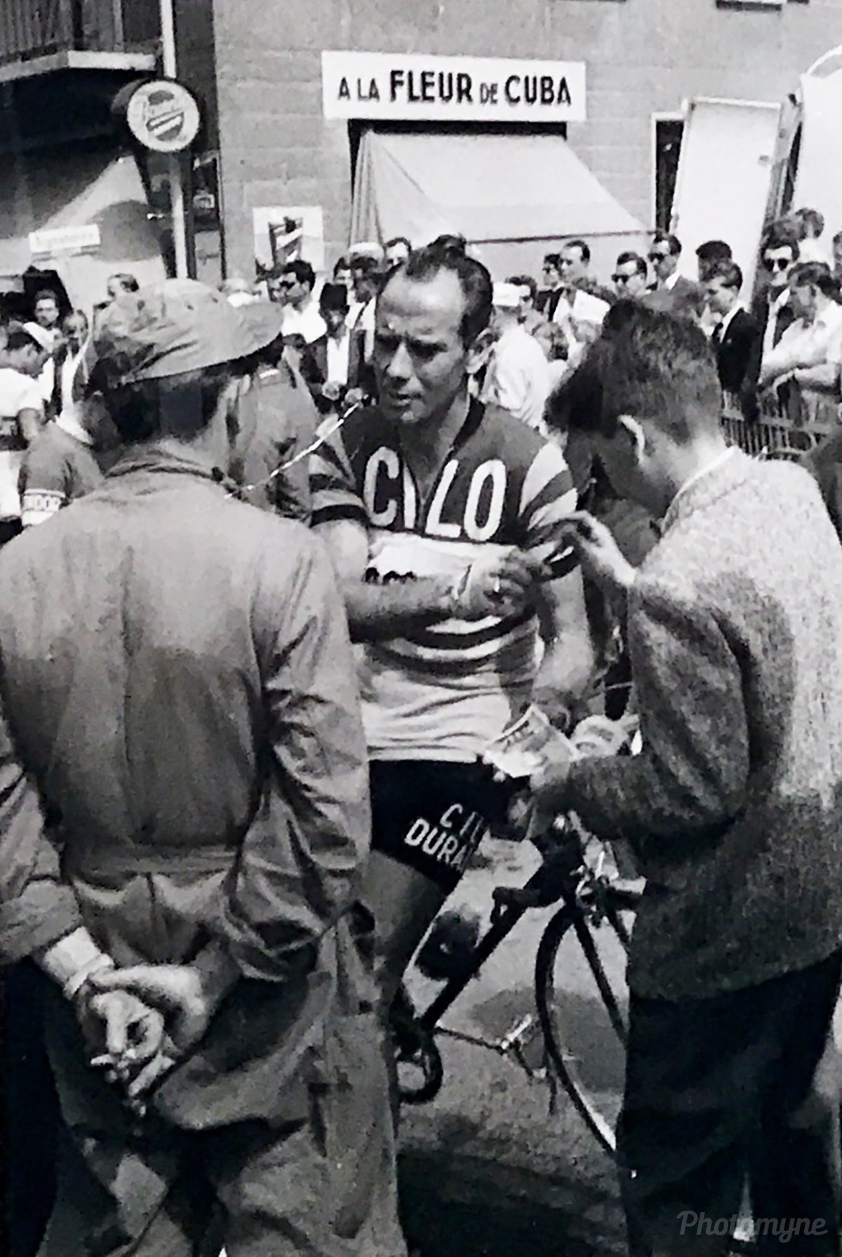 Ferdi Kubler cycliste professionnel entre 1940 et 1957 (Ferdi Kubler professional cyclist between 1940 and 1957). Switzerland 1957