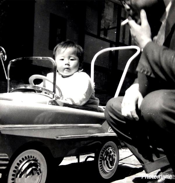パパと (With Dad). Japan 1962