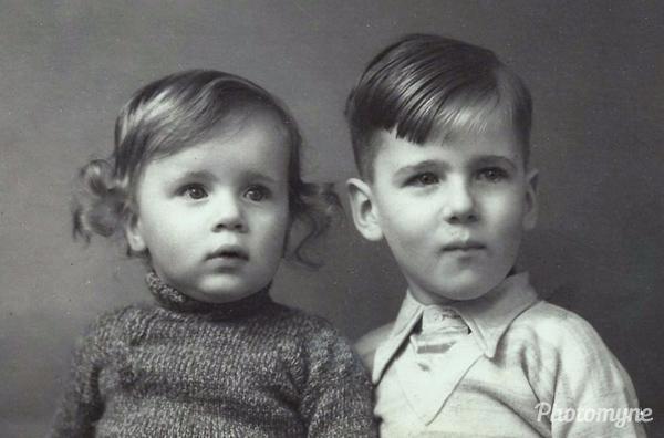 De broertjes Harry en Jaap Werkhoven (The brothers Harry and Jaap Werkhoven). The Netherlands 1936