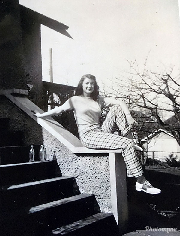 Joanne Johnson. Canada 1942
