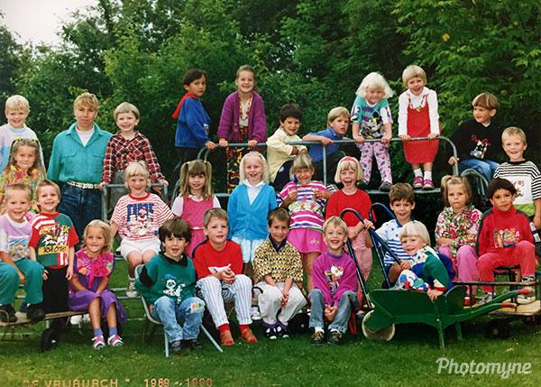 Schoolfotograaf (School photograph). Netherlands 1990