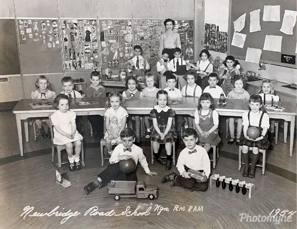 Kindergarten of Miss Hutchison. USA 1953