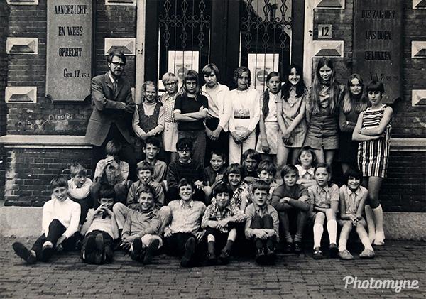 Klokkenberg lagere school 1972 klas 6 (Klokkenberg primary school 1972 class 6). Netherlands 1972