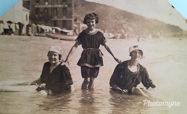 Altro che burkini! Alassio(SV), Laigueglia, Italy 1928