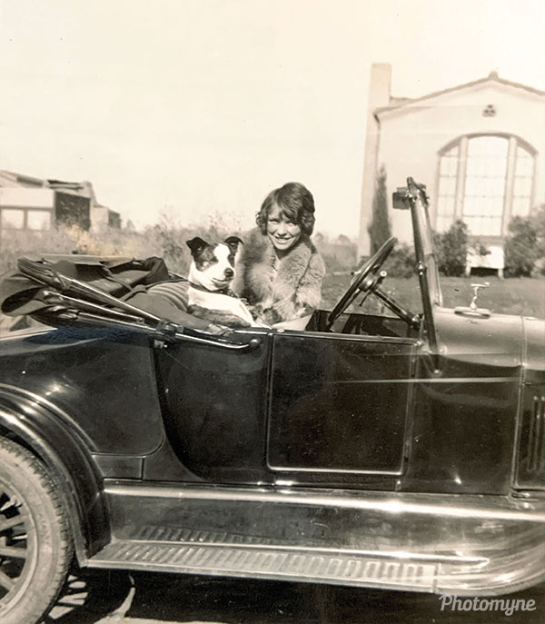 Neva and Buster. USA 1925