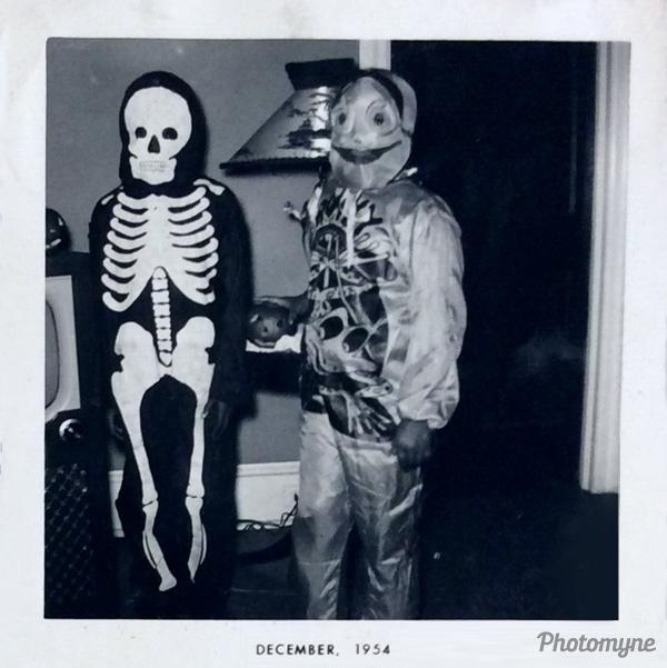 Happy Halloween! USA 1954