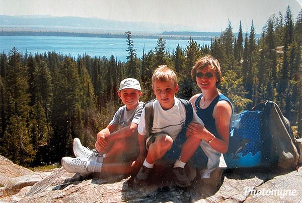 [Inspiration Point after a boat ride across Jenny Lake. WY, USA 2002