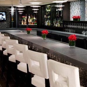 Artmore Hotel Wine Bar