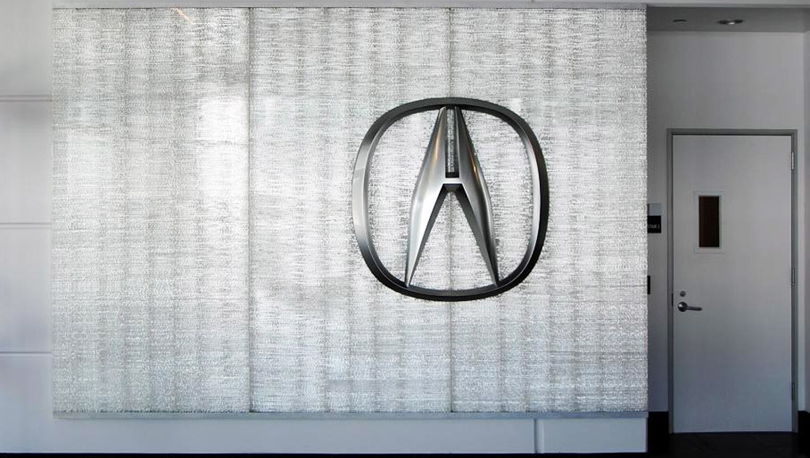 Acura Interactive Signage 1