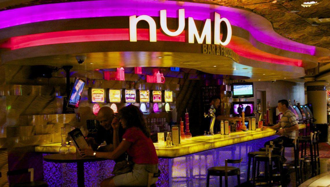 Numb Bar, Harrah's Las Vegas 0