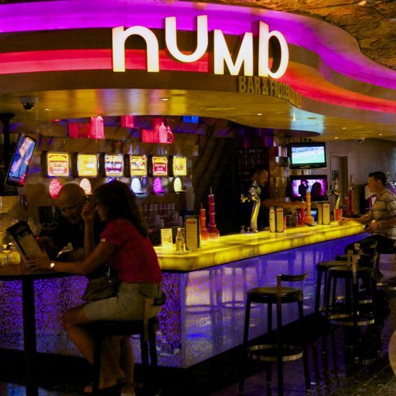 Numb Bar, Harrah's Las Vegas
