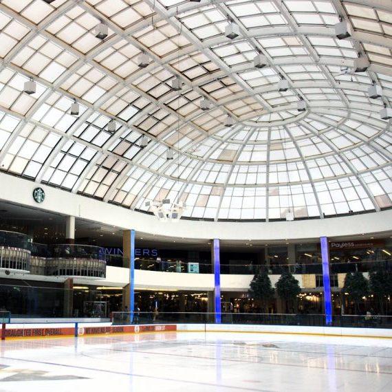 West Edmonton Mall: Ice Palace Columns